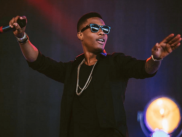 """Wizkid Gets Honoured For Work Done on Drake's """"One Dance"""""""