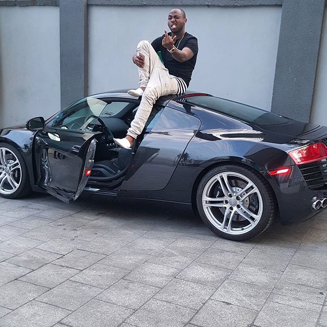 Davido in dud cheque scandal