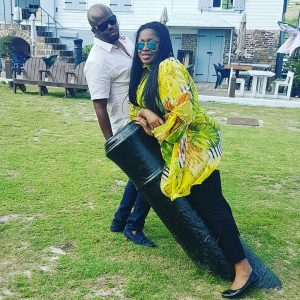 See What Singer Sinach Did To Her Husband