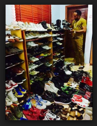 Photo of I have too many shoes, clothes, wristwatches, I don't know where to keep them – Kcee brags again