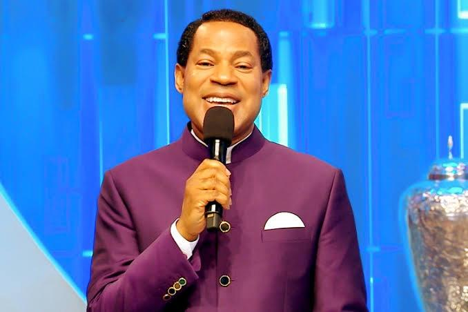 Pastor Chris Oyakhilome predicts when rapture will take place