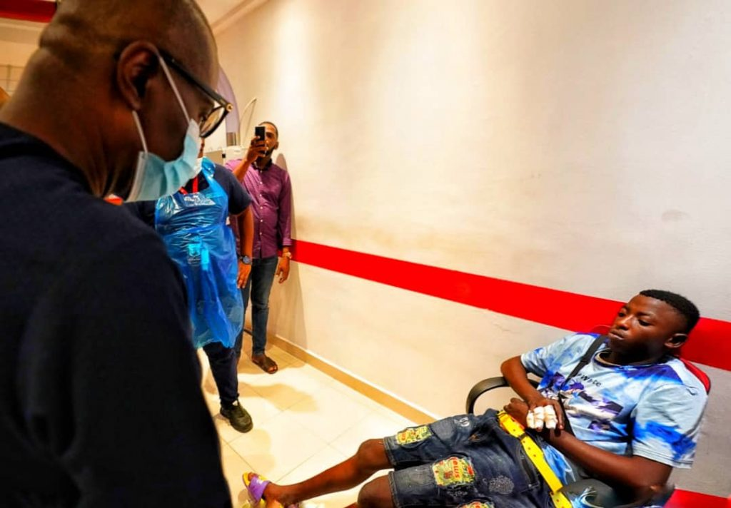NAIJA.FM #ENDSARS: ''The toughest night of our lives'', Sanwo-Olu declares as he visit Lekki victims (PHOTOS)