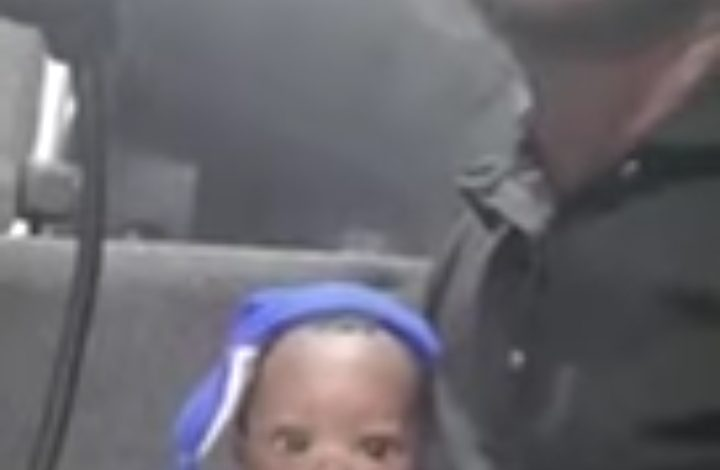 woman forgets her baby inside a commercial bus
