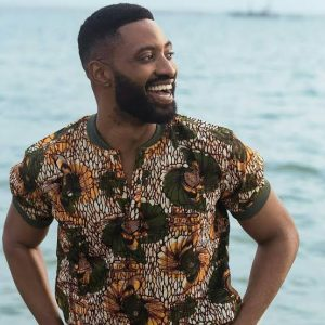 Ric Hassani mourns father
